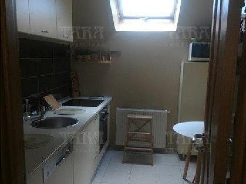 Apartament Cu 4 Camere Baciu ID V447670 3