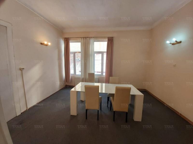 Apartament Cu 4 Camere Semicentral ID V889306 7