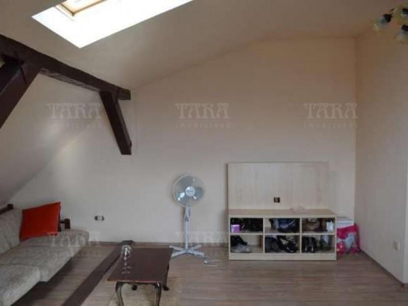 Apartament Cu 3 Camere Dambul Rotund ID V286957 4