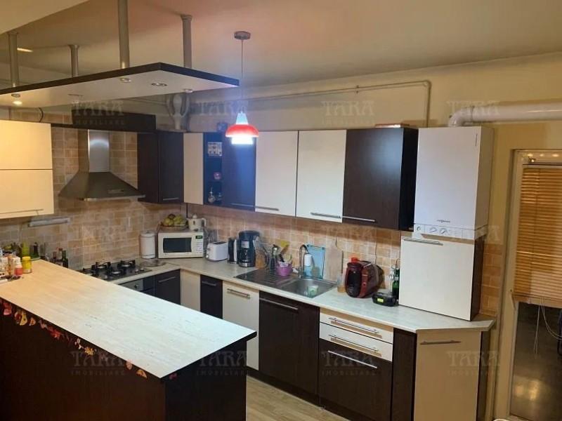 Apartament Cu 3 Camere Gheorgheni ID V879905 2
