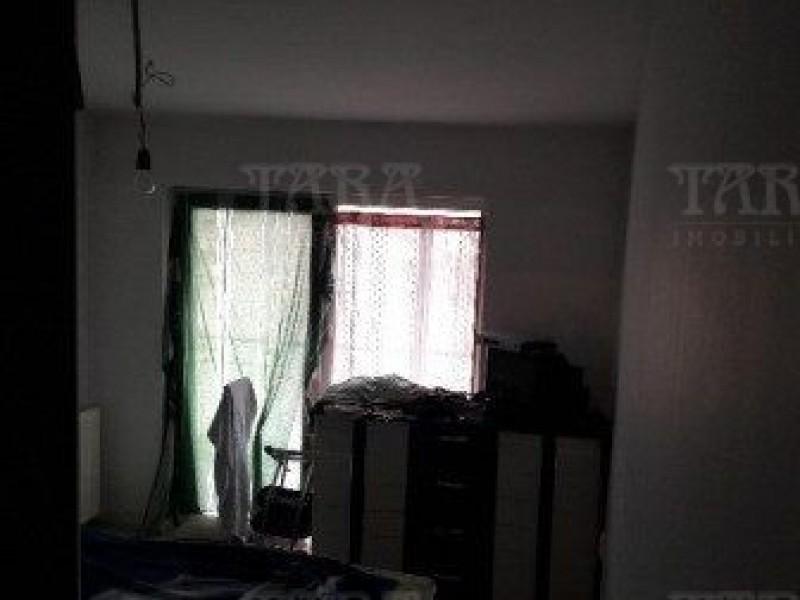 Apartament Cu 3 Camere Floresti ID V503063 2