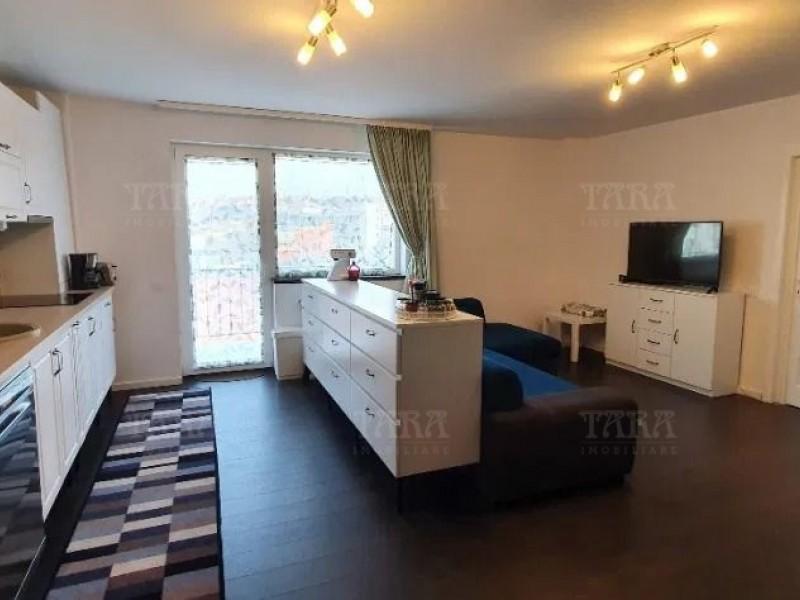Apartament Cu 3 Camere Dambul Rotund ID V920579 1