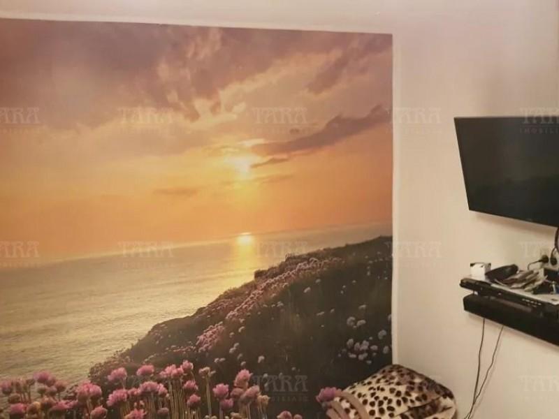 Apartament Cu 4 Camere Floresti ID V487814 4