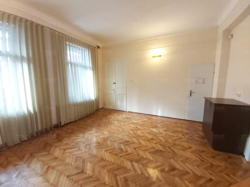 Apartament Cu 4 Camere Semicentral ID V889306 6