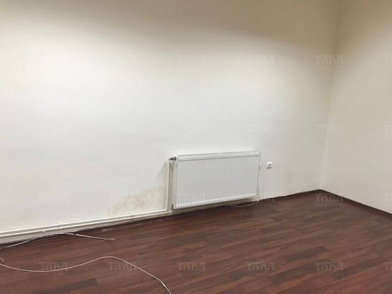Apartament 4 camere, Ultracentral