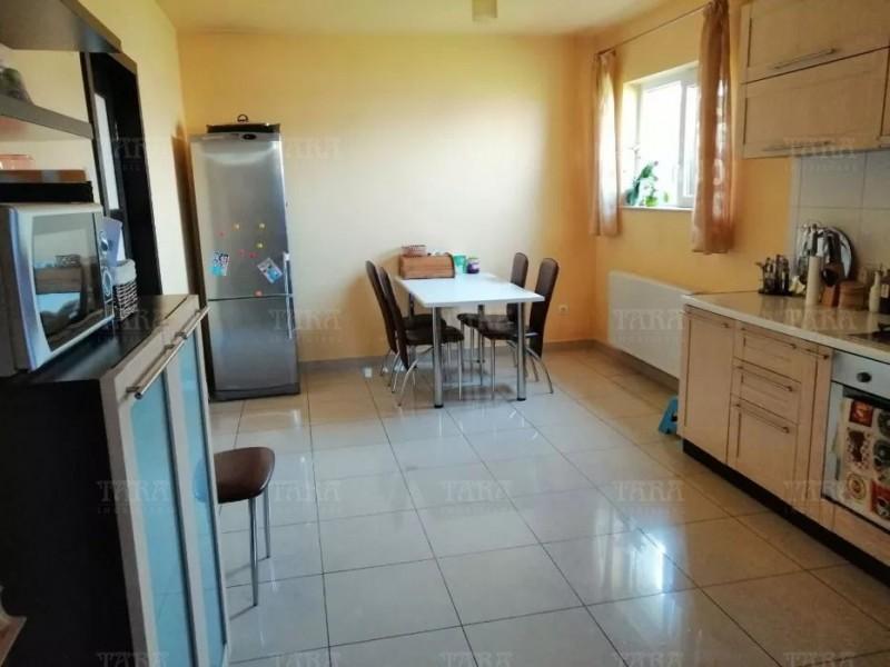 Casa Cu 4 Camere Floresti ID V708153 3