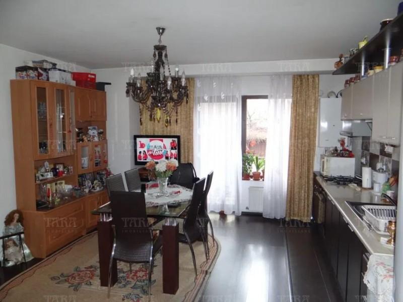 Apartament Cu 3 Camere Floresti ID V970292 1