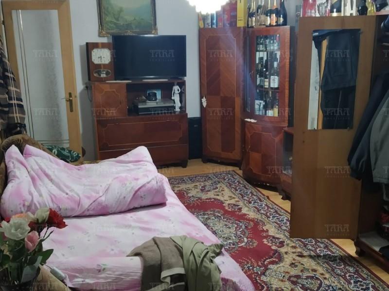 Casa Cu 5 Camere Dambul Rotund ID V257540 4