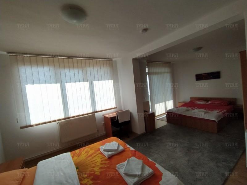 Casa Cu 11 Camere Buna Ziua ID I606516 8