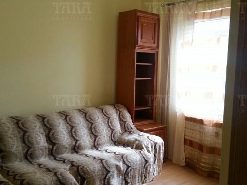 Apartament Cu 3 Camere Semicentral ID V554054 3