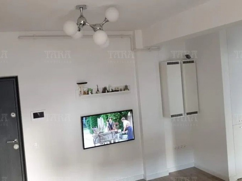 Apartament Cu 3 Camere Floresti ID V931465 1