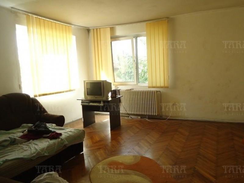 Casa Cu 4 Camere Andrei Muresanu ID V718378 2