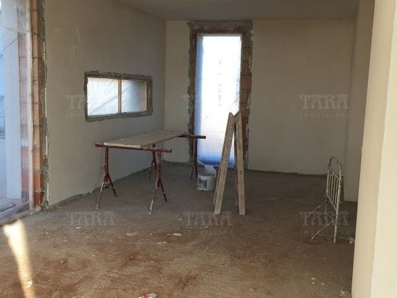 Casa cu 6 camere, Gruia