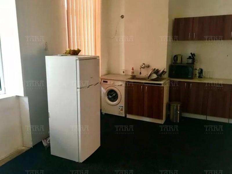 Apartament Cu 4 Camere Ultracentral ID V566720 2