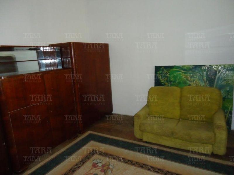 Apartament Cu 3 Camere Ultracentral ID V200032 3