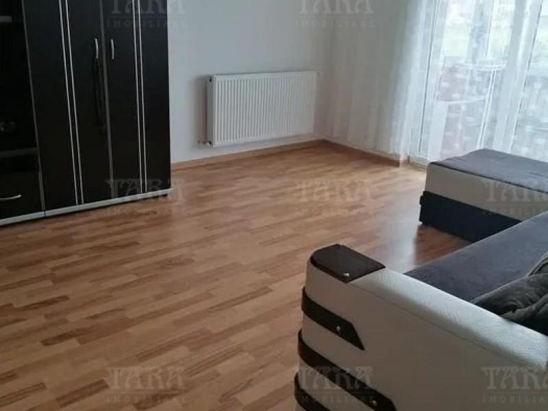 Apartament Cu 2 Camere Floresti ID V1060821 3