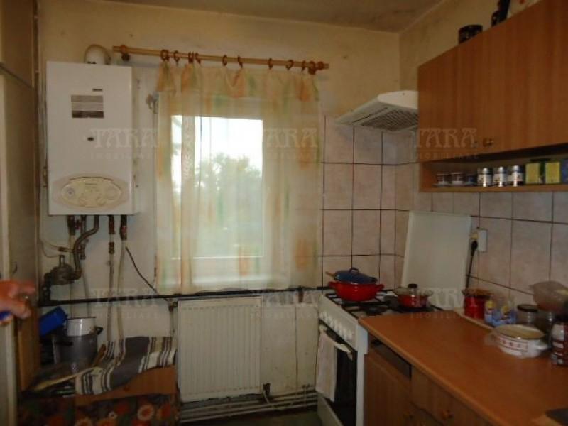 Apartament Cu 4 Camere Dambul Rotund ID V972864 2