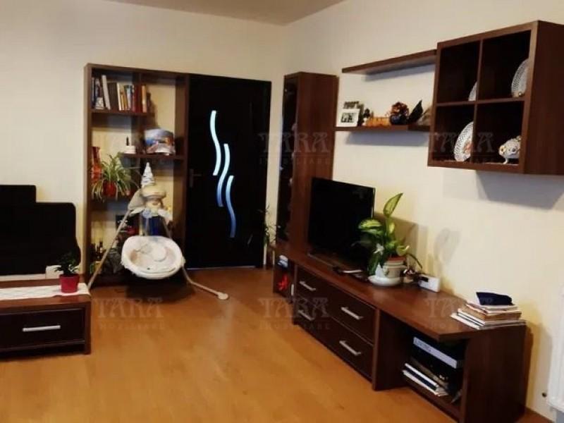 Apartament Cu 3 Camere Floresti ID V876754 2