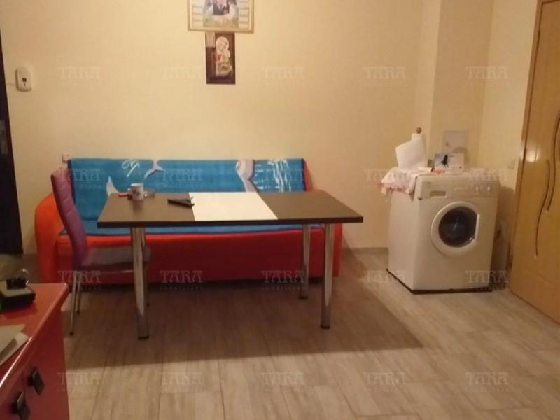 Apartament Cu 2 Camere Floresti ID V890859 3