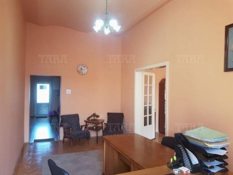 Apartament Cu 2 Camere Semicentral ID V520736 3