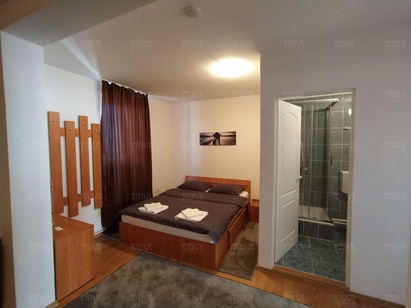 Casa Cu 11 Camere Buna Ziua ID I606516 10