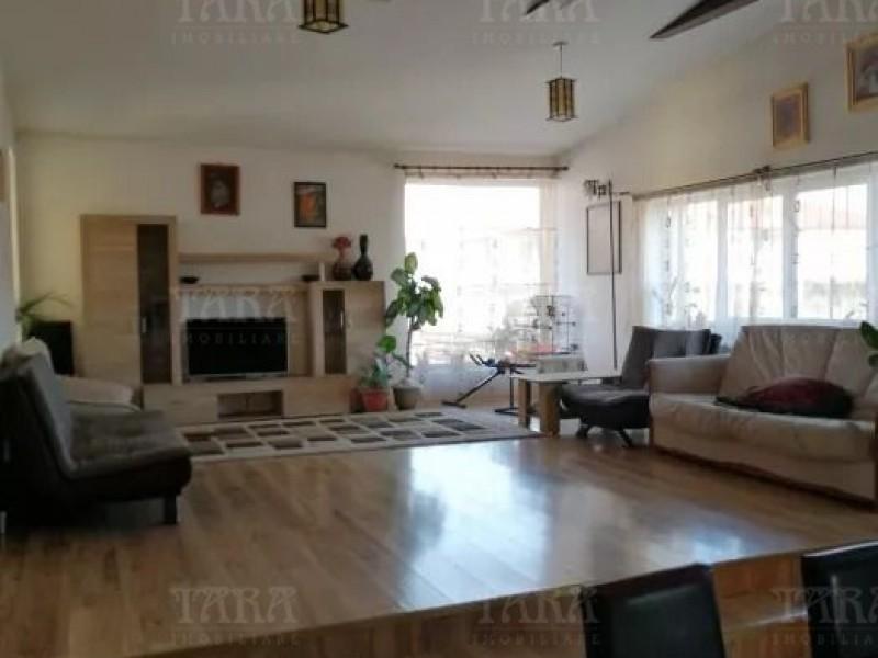 Casa Cu 6 Camere Floresti ID V836526 1