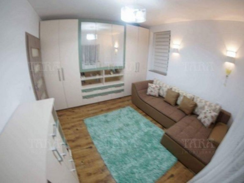 Apartament Cu 3 Camere Floresti ID V488318 3