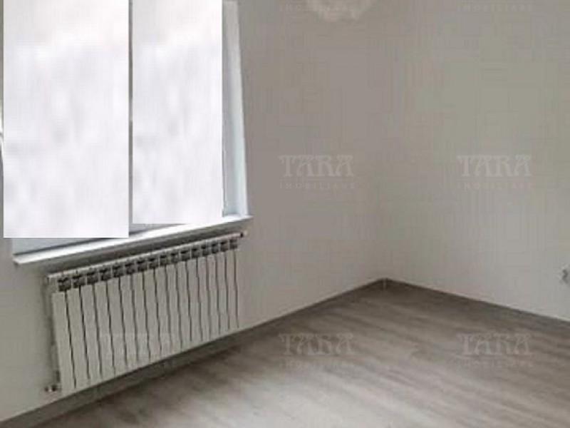 Apartament Cu 3 Camere Floresti ID V1093478 1