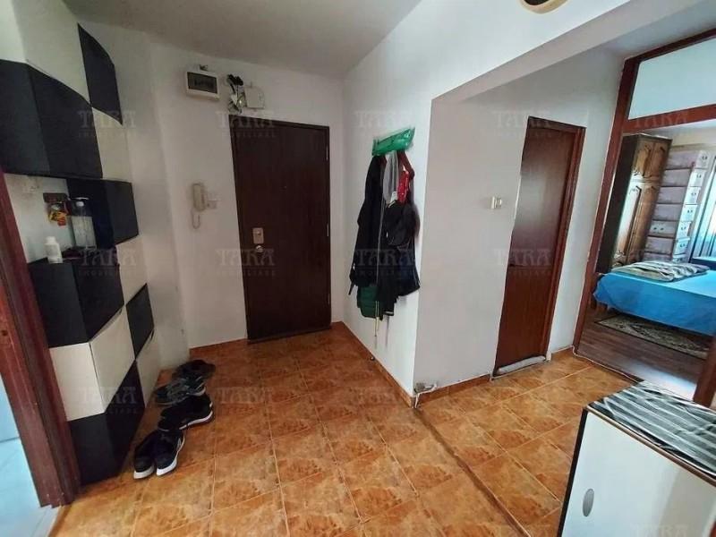 Apartament Cu 3 Camere Semicentral ID V1244828 4