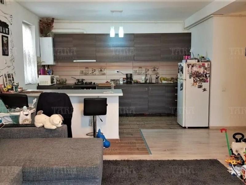 Apartament Cu 3 Camere Floresti ID V1082785 2