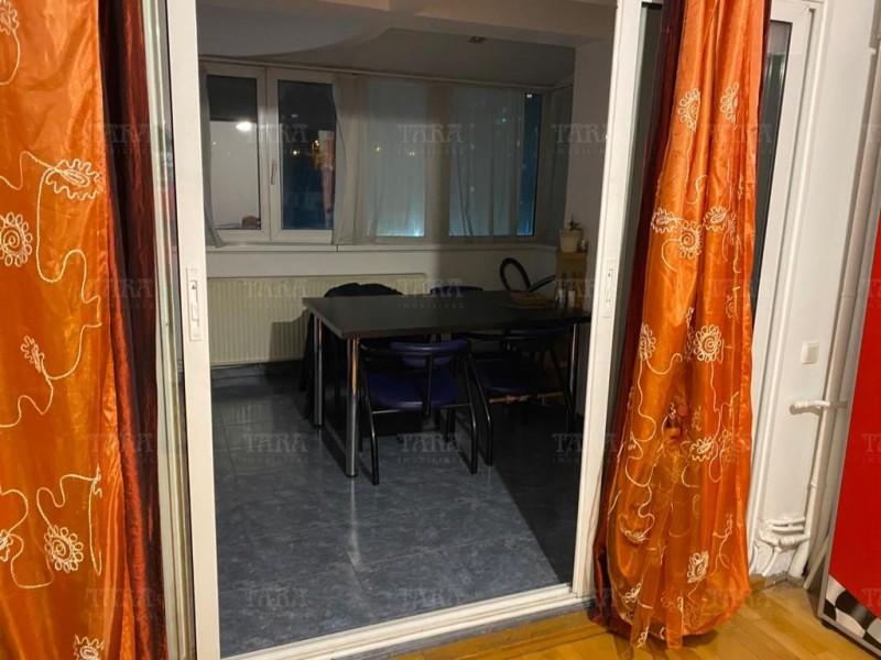 Apartament Cu 4 Camere Semicentral ID V1098019 13