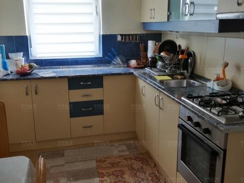 Casa Cu 8 Camere Dambul Rotund ID V714398 7