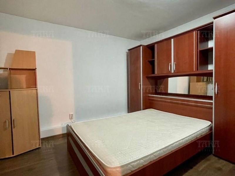 Apartament Cu 3 Camere Semicentral ID I303716 10