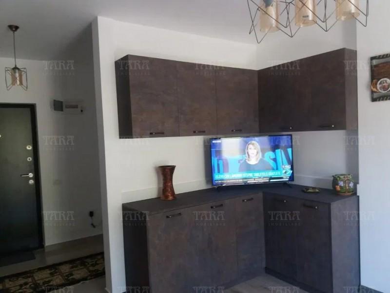 Apartament Cu 3 Camere Floresti ID V997811 3