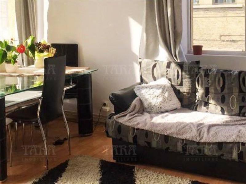 Apartament Cu 2 Camere Semicentral ID V740139 3