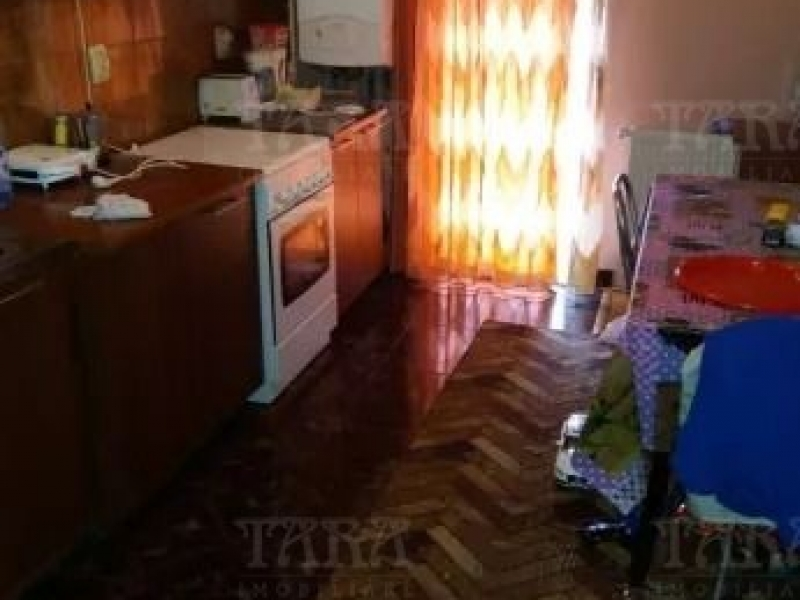 Apartament cu 2 camere, Floresti