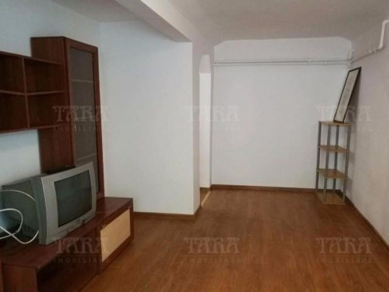 Apartament Cu 3 Camere Semicentral ID V439900 1