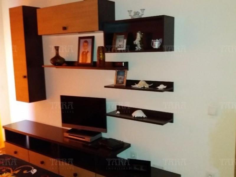Apartament Cu 3 Camere Floresti ID V309934 3