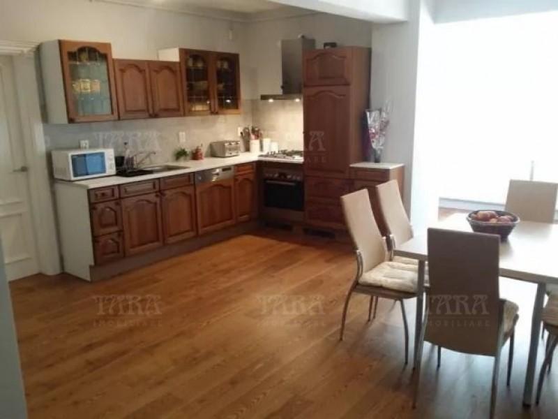 Apartament Cu 3 Camere Floresti ID V683175 2