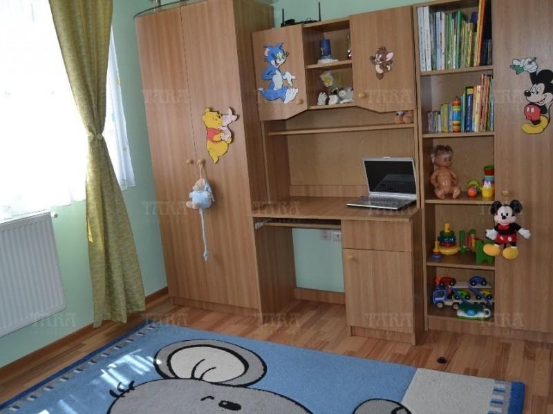 Apartament Cu 3 Camere Floresti ID V543948 3