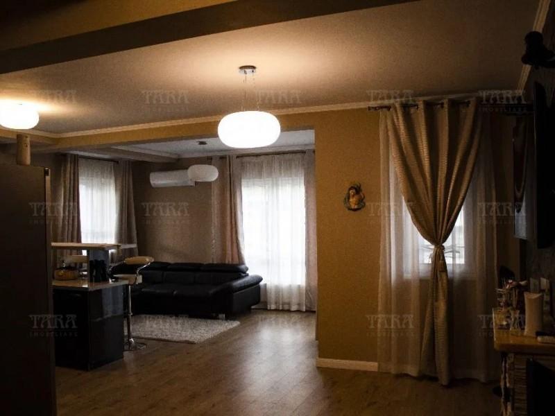 Apartament Cu 3 Camere Floresti ID V864762 2