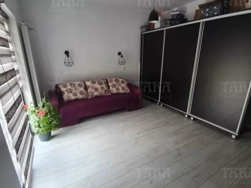 Casa Cu 4 Camere Floresti ID V735836 4