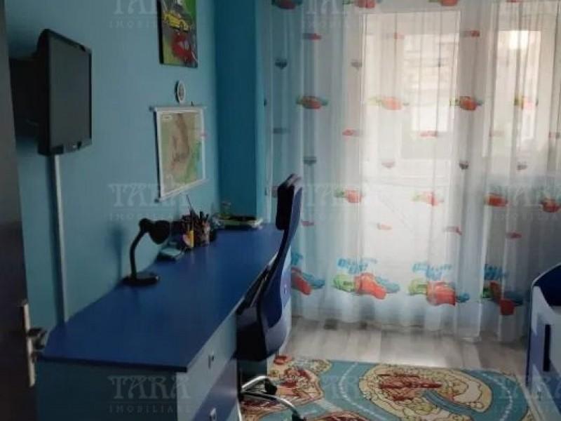 Apartament Cu 3 Camere Semicentral ID V970096 4