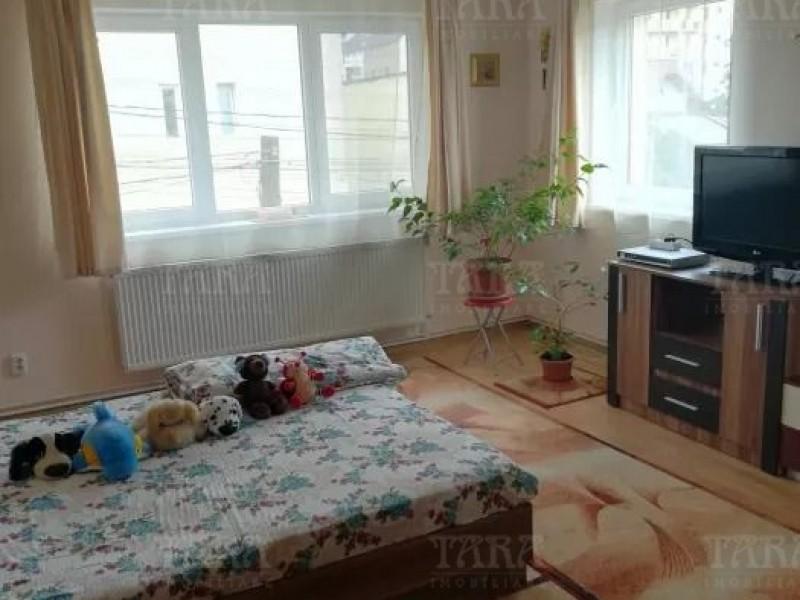 Casa Cu 6 Camere Iris ID V648084 4
