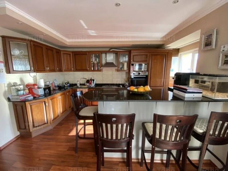 Apartament Cu 5 Camere Floresti ID V887306 2