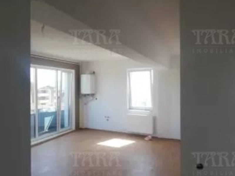 Apartament Cu 3 Camere Floresti ID V695731 2