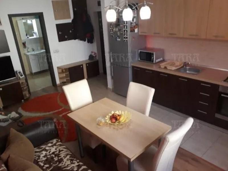 Apartament Cu 3 Camere Floresti ID V812040 2