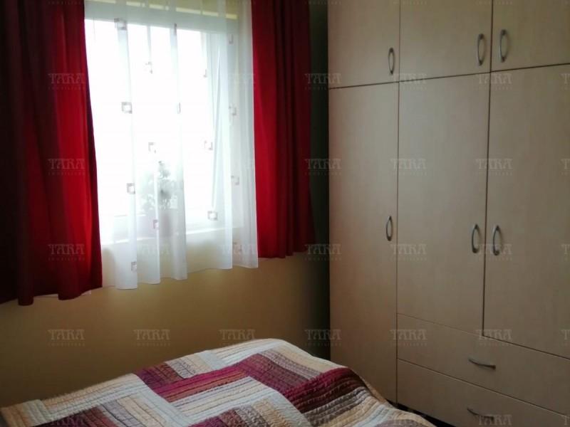 Casa Cu 8 Camere Dambul Rotund ID V714398 15
