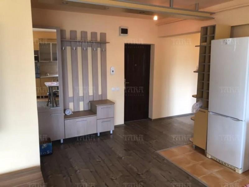 Apartament Cu 3 Camere Floresti ID V768715 2