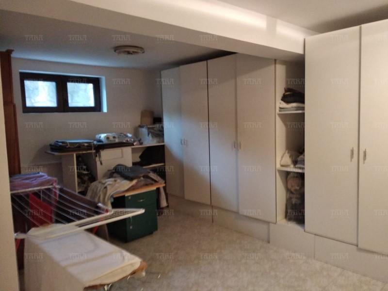 Casa Cu 7 Camere Buna Ziua ID V715061 4